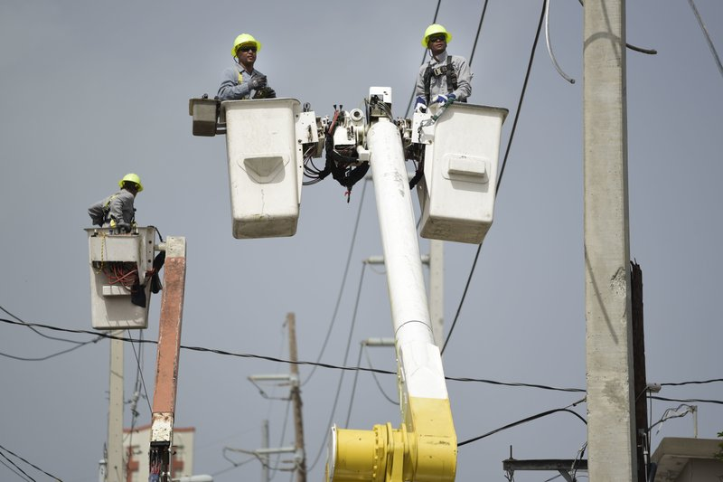 Turmoil slows rebuilding of Puerto Rico's power grid