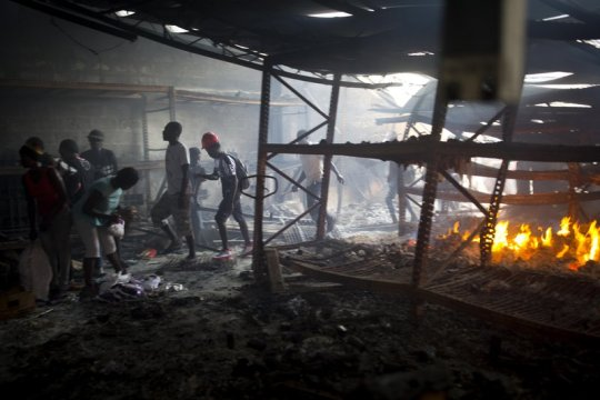 Looting follows violent fuel protests in Haitian capital