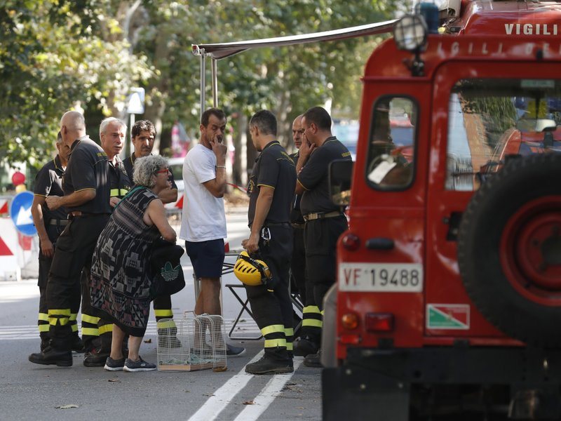 Italy says death toll will mount in Genoa bridge collapse