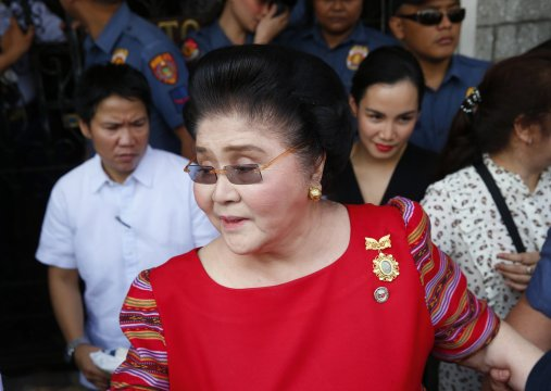 Imelda Marcos convicted of graft, court orders her arrest