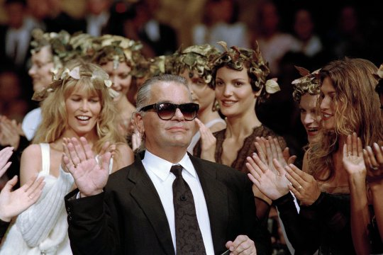 Designer Karl Lagerfeld, Chanel's global icon, dies in Paris