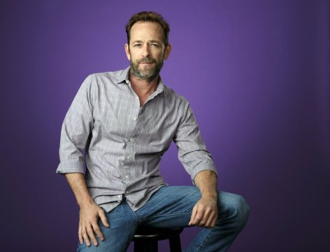 Luke Perry, heartthrob on '90210,' dies at 52 after stroke