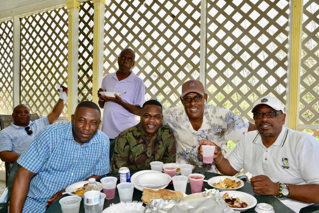 PM Enjoys All-Andros Crab Fest