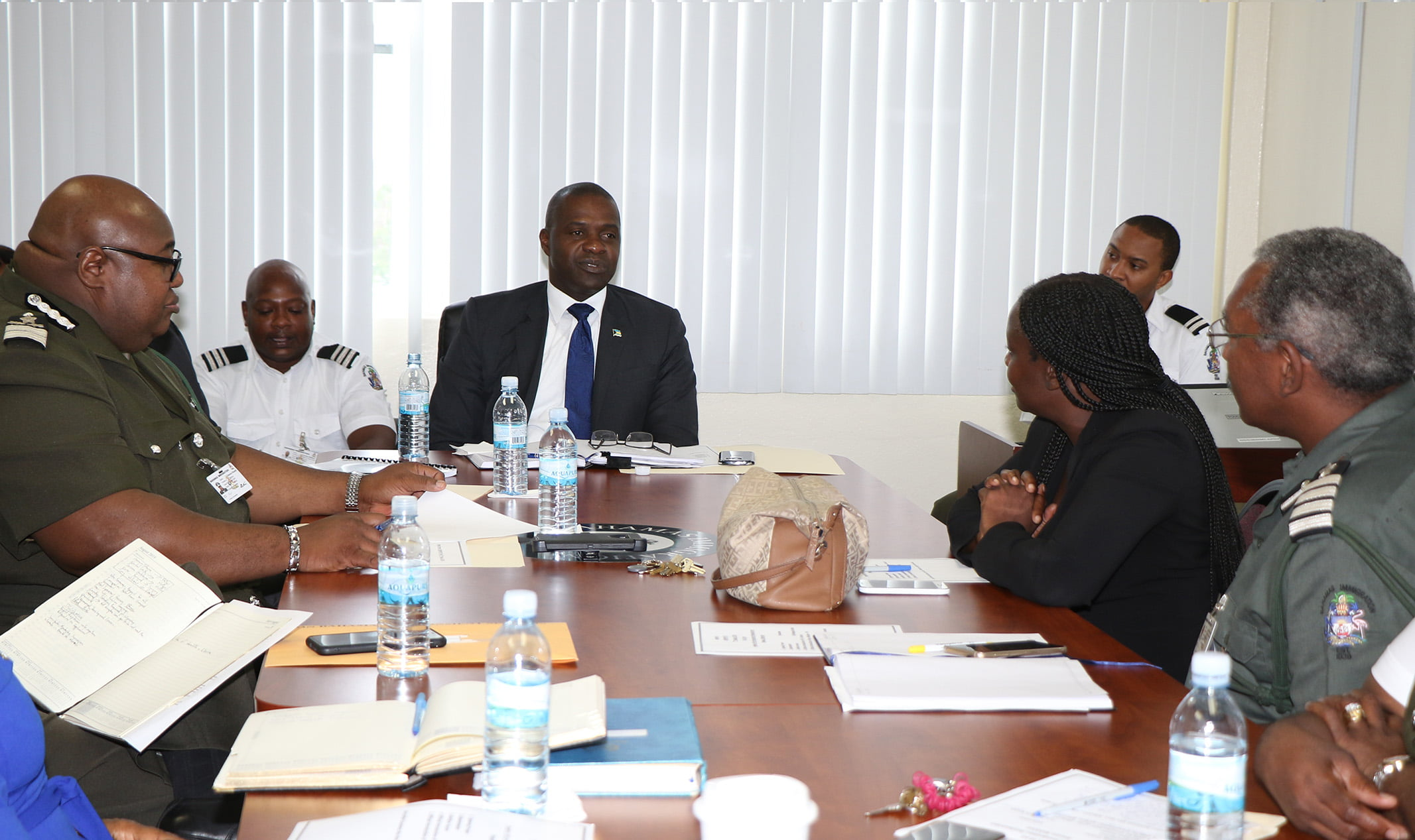 Minister Elsworth Johnson Holds Meeting with Immigration Department Heads