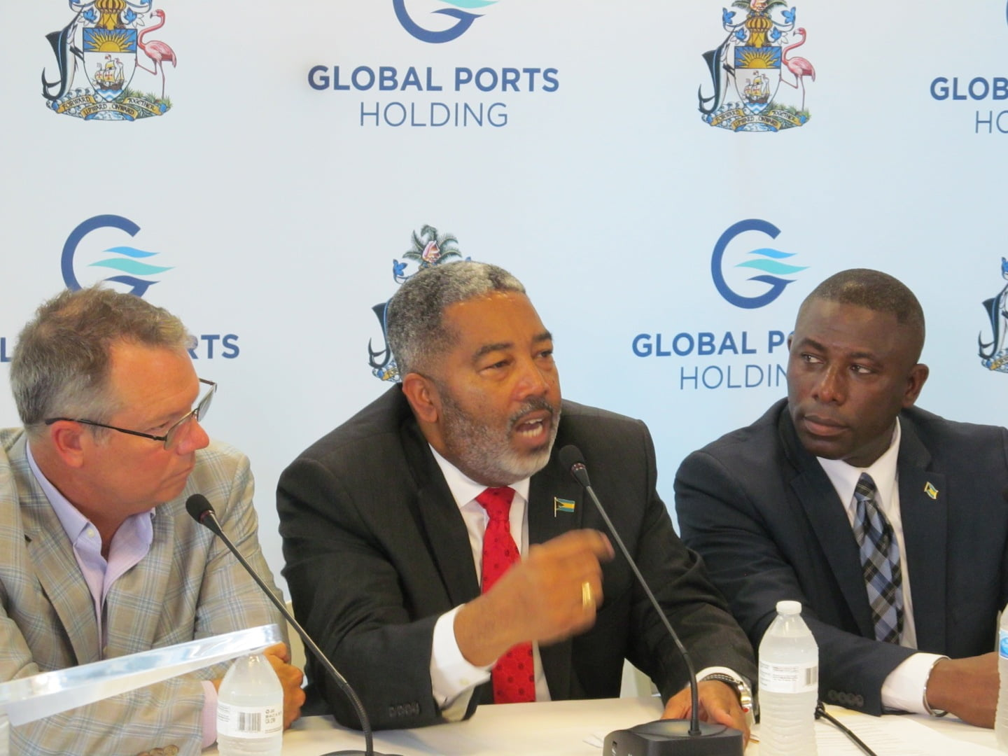 Campbell applauds socio-economic value of Heads with Nassau Cruise Port Ltd.