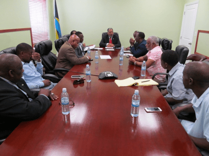 Social services minister commends programmes for focus on urban communities
