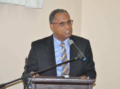 PLP senator blasts govt. on healthcare