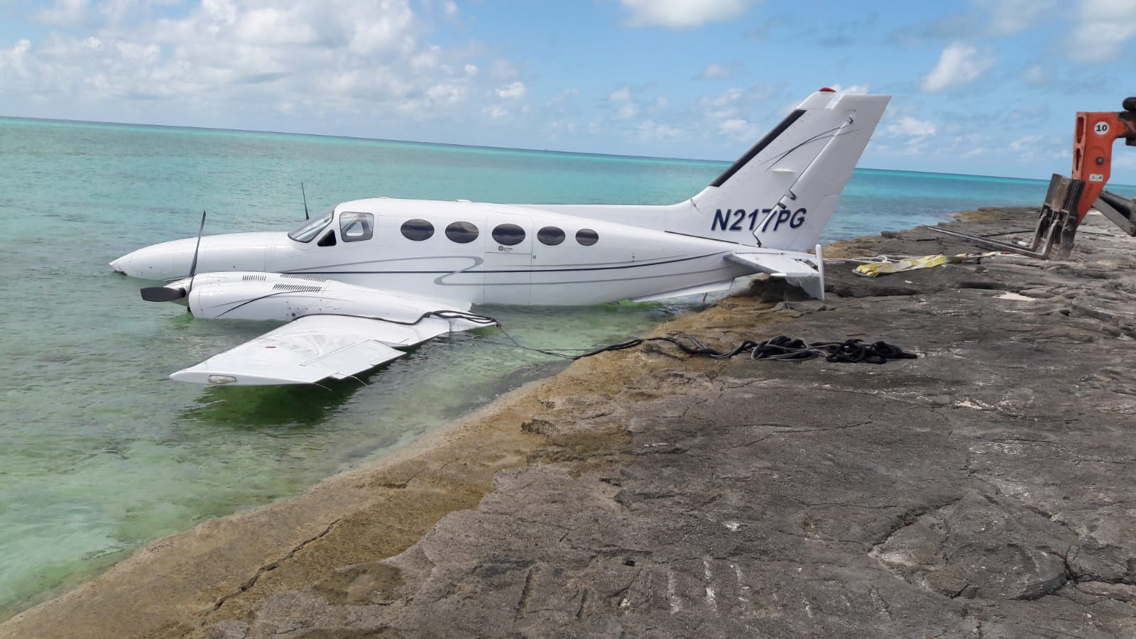 Airplane crashes off Norman's Cay