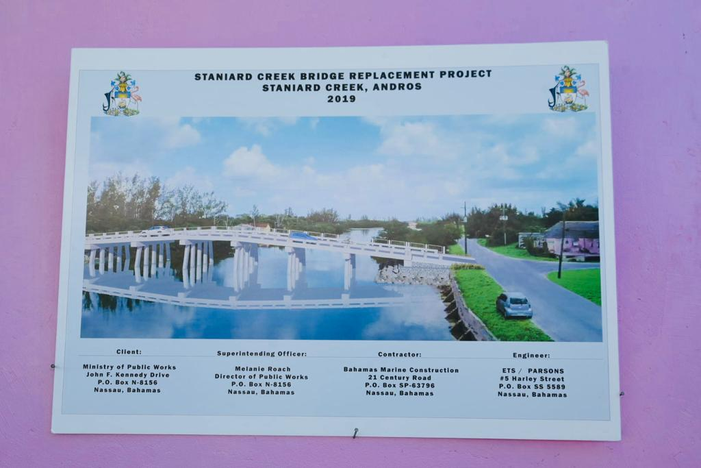 Contract signed for new bridge in North Andros