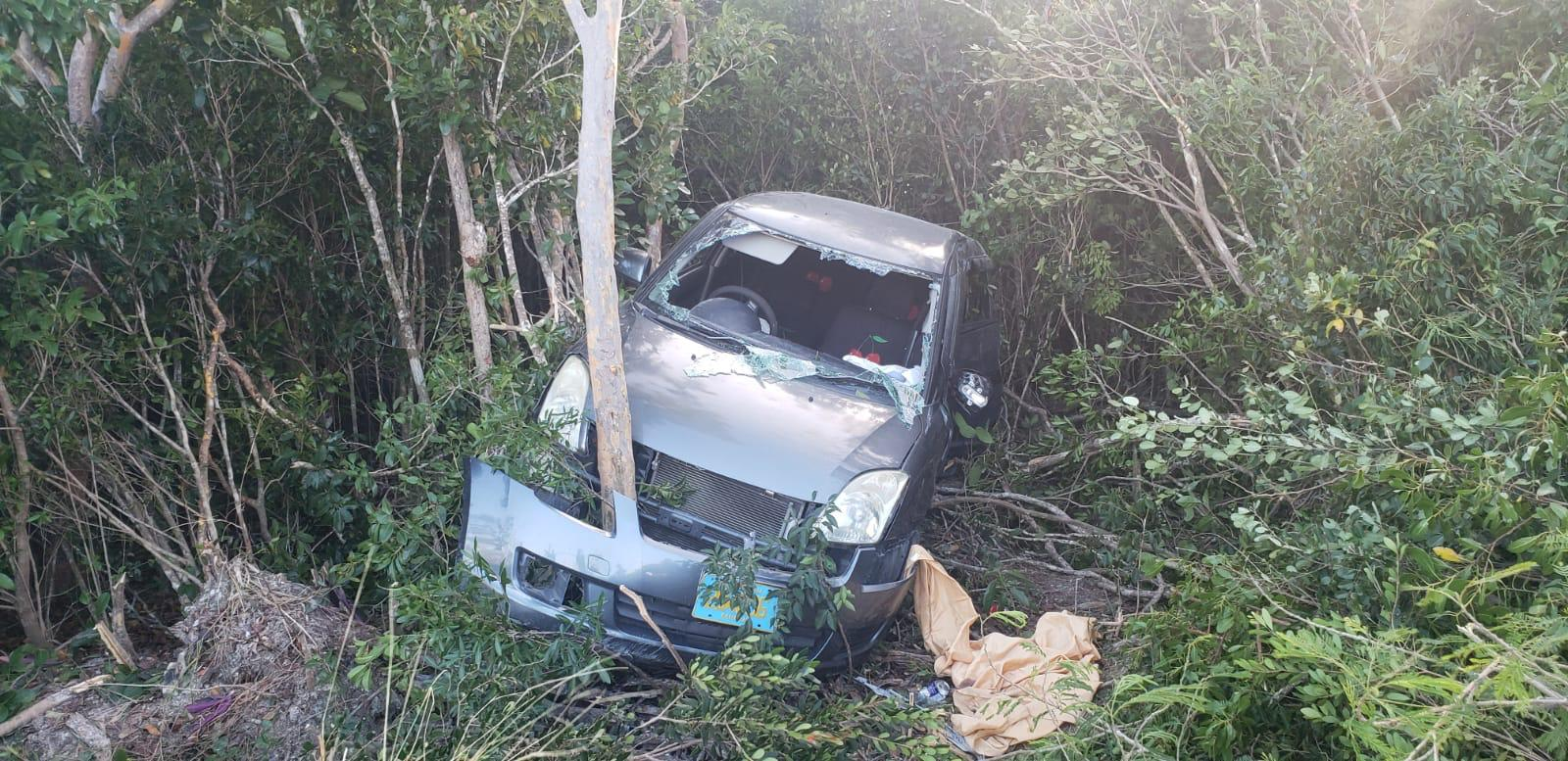 Teacher dies after car crashes into utility pole in Andros