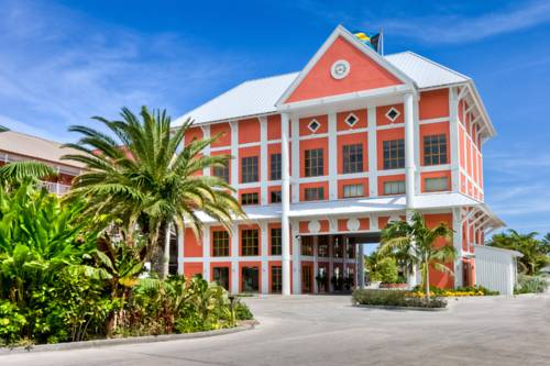 Hotelier: GB leisure tourism virtually 'non-existent' since Hurricane Matthew in 2016