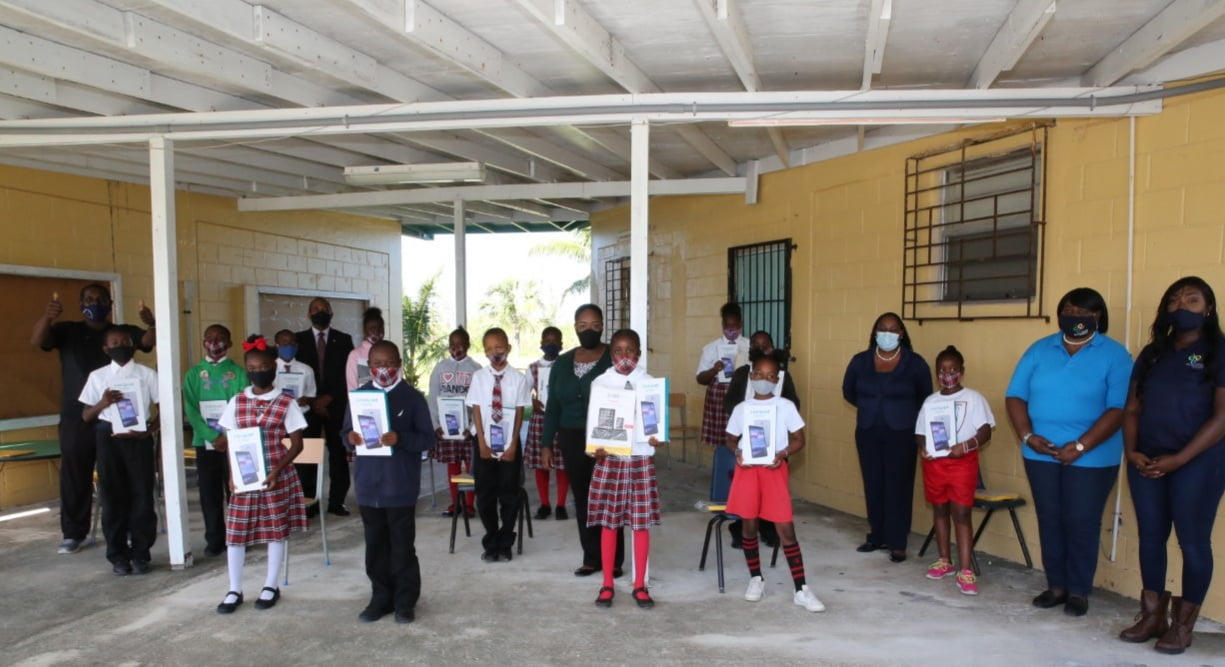 DRA, S.T.A.R.S. Bahamas donate over 100 tablets to GB students