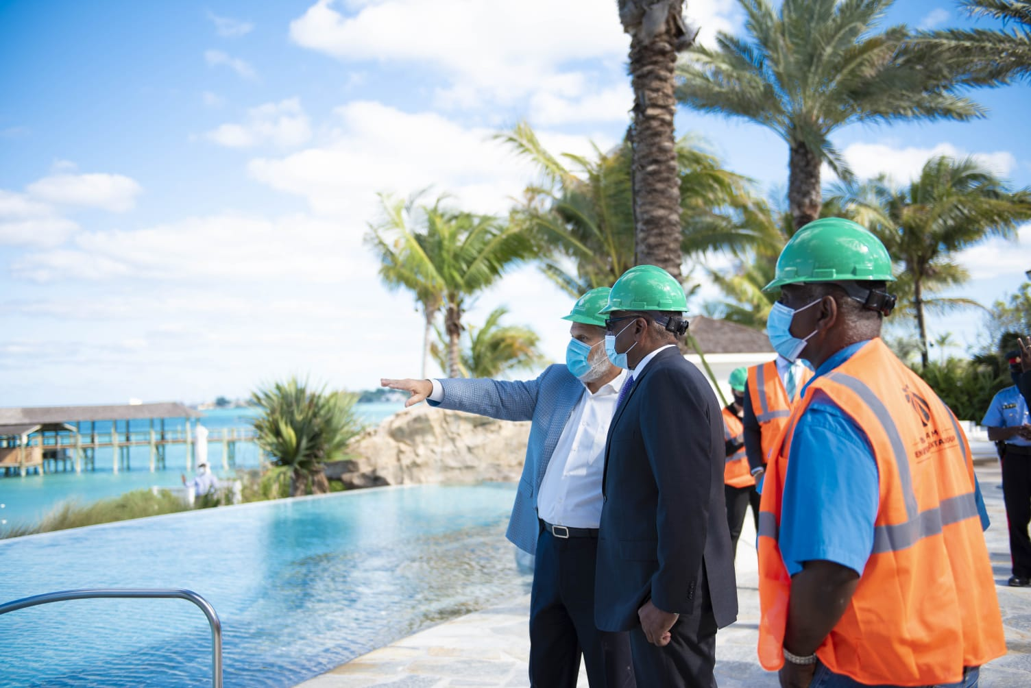 PM tours Baha Mar ahead of reopening