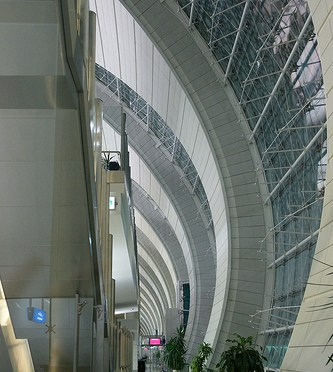 Dubai International Airport (DXB) – Dubai metro ドバイ国際空港とドバイ・メトロ