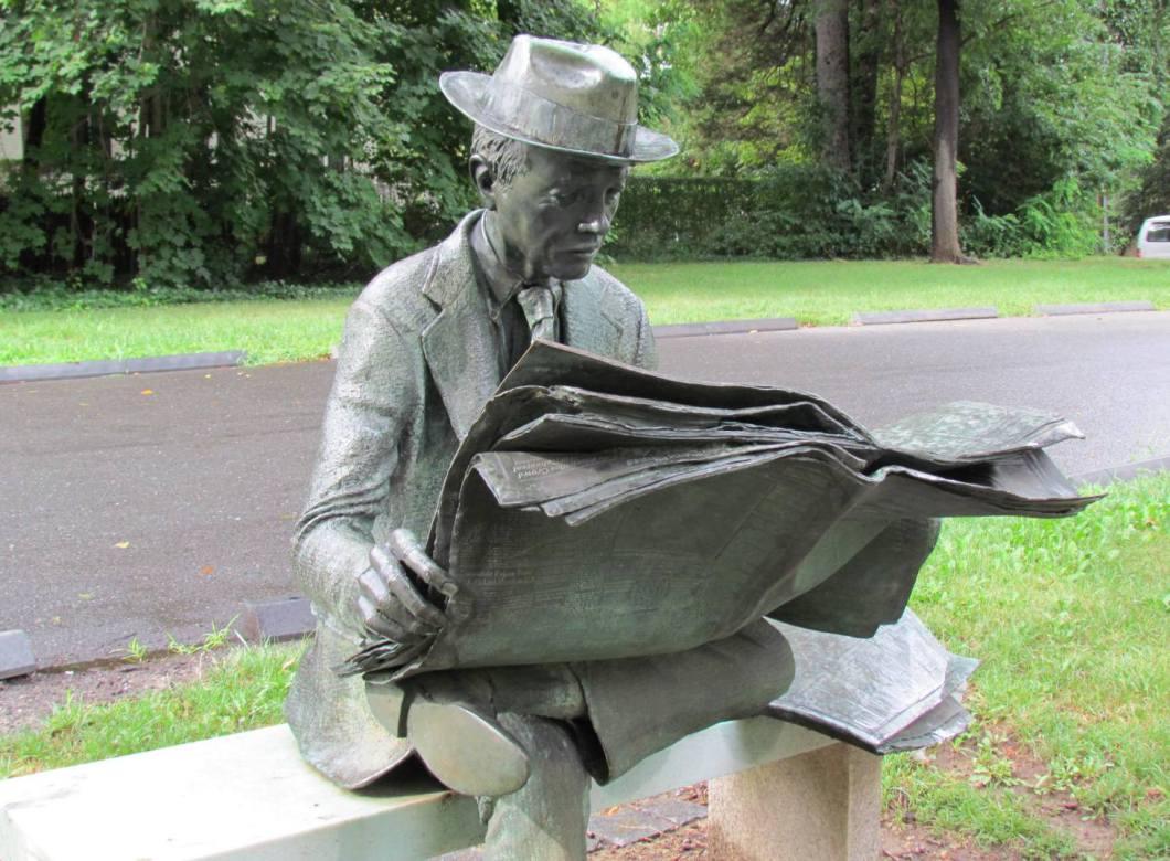 J Seward Johnson Statue - Princeton Garden