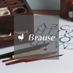 Brause logo in front of calligraphy pens and letterwork
