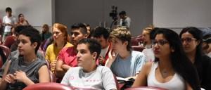 Estudiantes en la inauguración del ENEA
