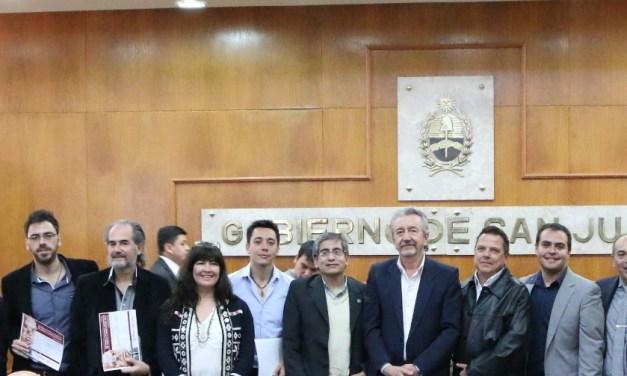 Entrega de premios D. F. Sarmiento 2017 a Tesis de Grado y Posgrado