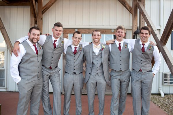 wedding suit 2021 Grey wedding suit and maroon white