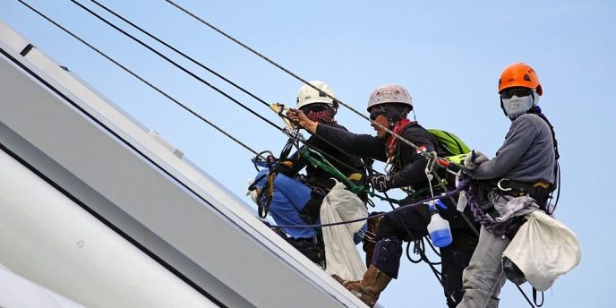 rappelling roof 1 panorama - Workplace Health and Safety Training and Employment