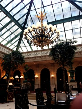 Paris Le Grand 7748 Copyright Shelagh Donnelly