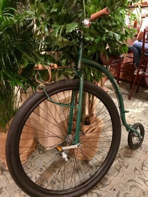 Hotel-Monteleone-Hendrick's-Party-2017-6261-bike-Copyright-Shelagh-Donnelly