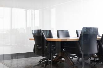 Boardroom-courtesy-Drew-Beamer-(@drew_beamer)-on-Unsplash