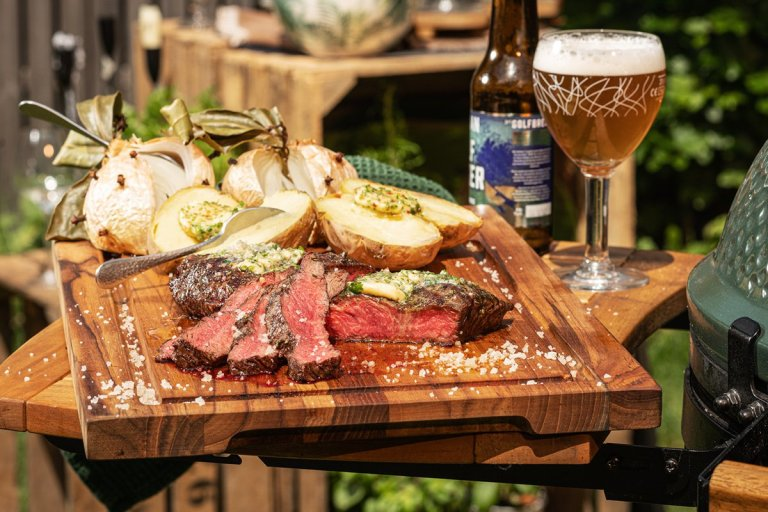 Flat Iron Steak (sukade) to share
