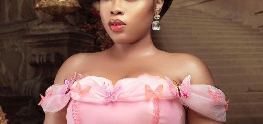 Moesha Babiinoti Boduong Dressed As Cinderella