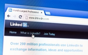 Customizing LinkedIn URL SEO