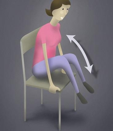 assis sur votre chaise dos bien droit vous prenez avec vos mains les surfaces laterales de votre