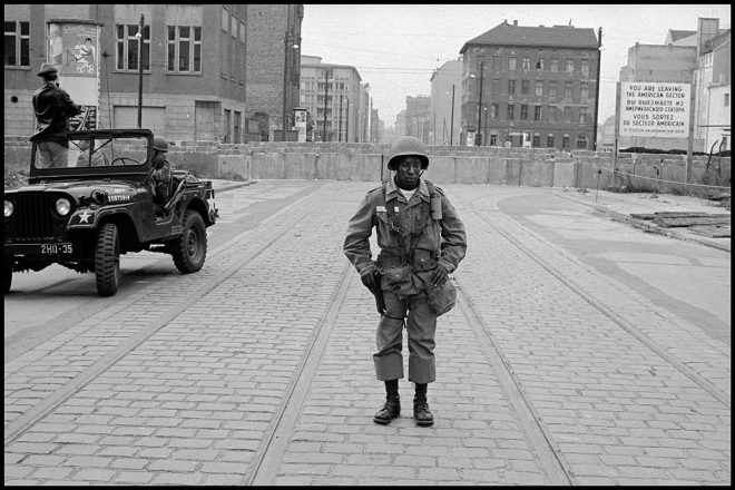 Leonard Freed American Soldiers Stand Guard as the Berlin Wall is Put Up, 1961 Brigitte Freed/Magnum Photos