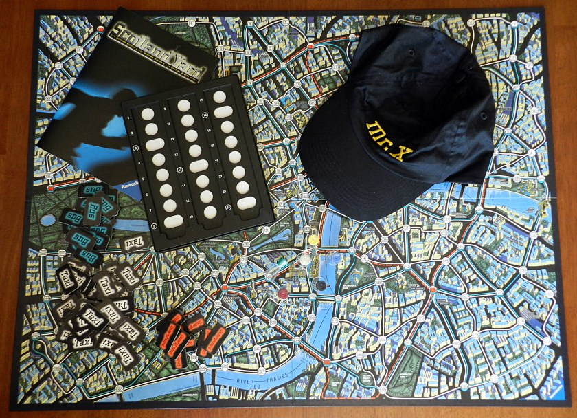 scotland-yard-components