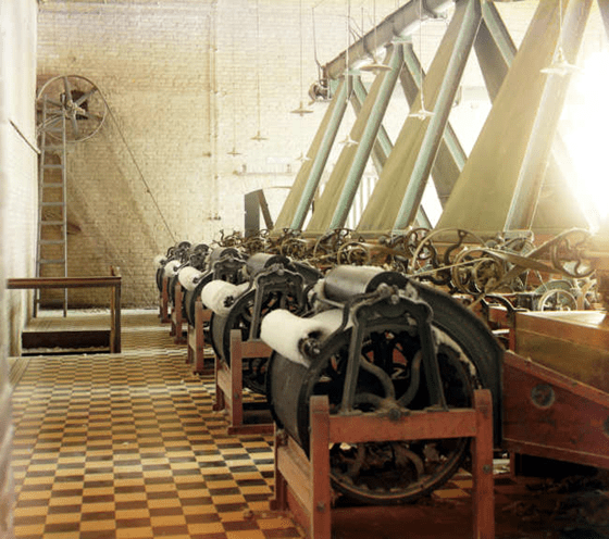 Prokudin-Gorskii Collection - Images of the Russian Empire - Cotton textile mill interior with machines producing cotton thread, probably in Tashkent