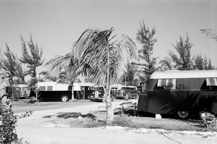 Scene in an auto trailer camp near Dania, Florida, where 200 cars are encamped.