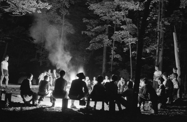 Southfields, New York. Interracial activities at camp Nathan Hale, where children are aided by the Methodist Camp Service. Campers of the Methodist Camp Service and other organizations, singing around the camp fire.