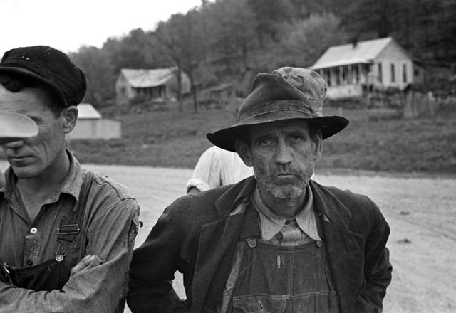 Citizens of Zinc, Arkansas, a deserted mining town; photo by Ben Shahn