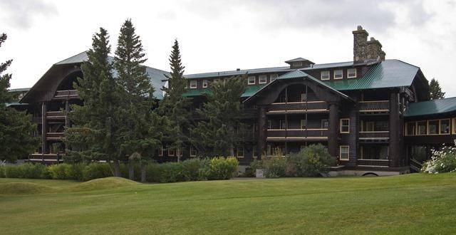 Great_Northern_Wing_Glacier_Park_Lodge_MT1
