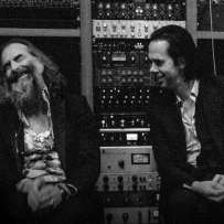 CARNAGE, le nouvel album de Nick Cave et Warren Ellis… est disponible !