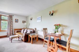 Chauffeurs Cottage - Dining
