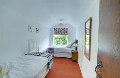 Gamekeeper's Cottage - Bedroom 2