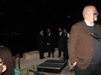 17. orthodox Jews in the desert