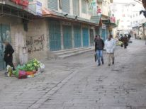 05. empty shopping street