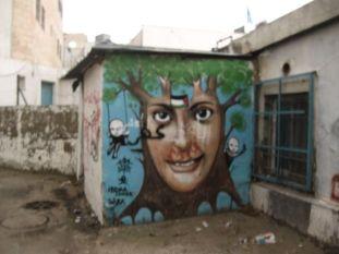 02. painting in Deheisha camp