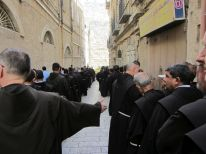 01. on the way to the Jaffa gate to welcome the new Custos