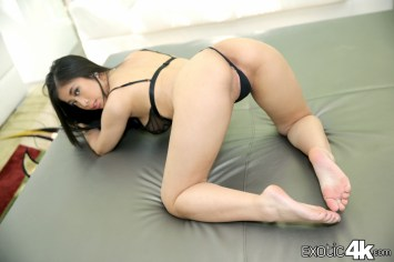 ProvocativeJade_E4K-03