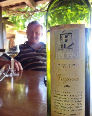 radan vugava vis croatian wine