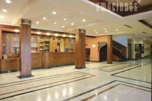 book insignia hotel del val in andujar