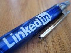 linkedin company page and group statistics