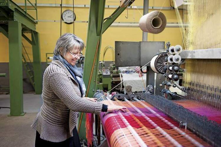 Lyon off the beaten track silk workshop